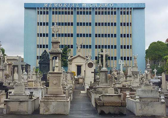 Cemitério caju